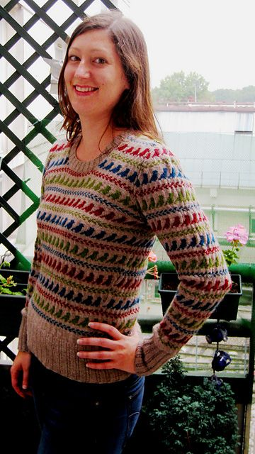 Ravelry: Dahlia's little birds pullover