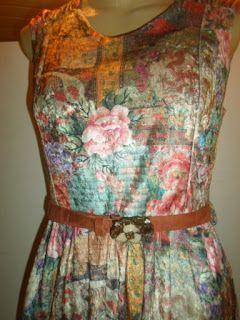 Brecho Online - Belas Roupas: Vestido Lucyinthesky