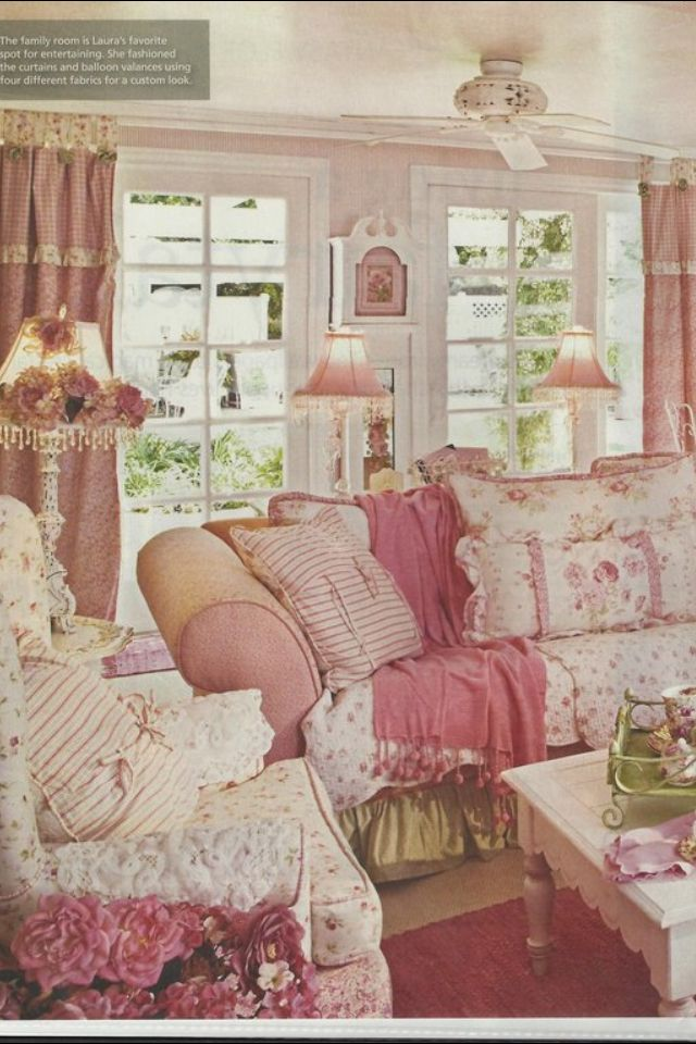 Living room shabby chic romantic chic cottage chic for Sala de estar shabby chic