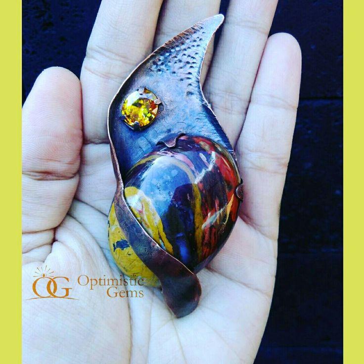 Colibri brooch, pacitania jesper and yellow american diamond