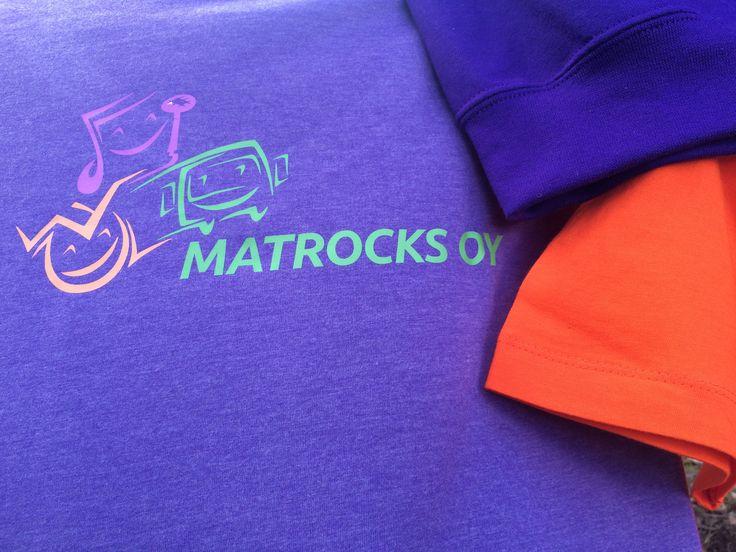 Värikkäät Matrocksin paidat piristävät päivää! #matrocks #fashion :)