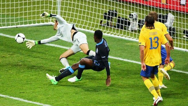Danny Wellbeck (England) - 3rd Goal - Sweden 2-3 England - Group D Knockout