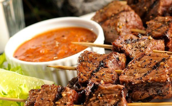 Best 25 steak bites ideas on pinterest steak appetizers - Steak d espadon grille sauce combava ...