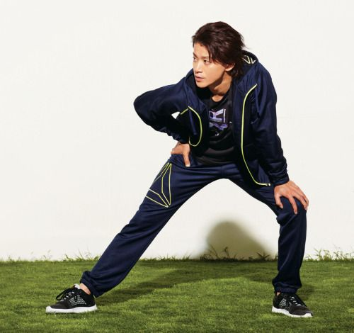 Oguri Shun for Reebok on magazine OCEANS 2014.12
