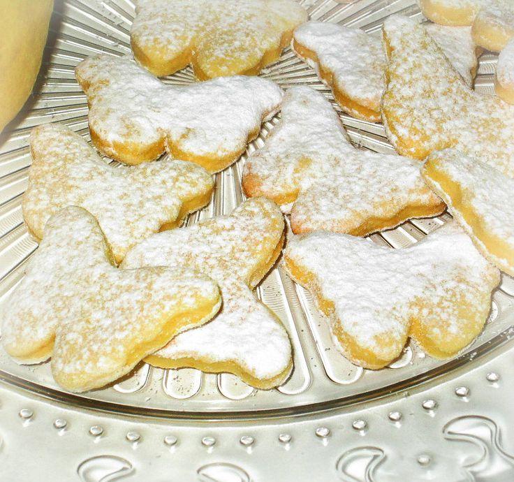 Biscottini profumati al limone e ricotta