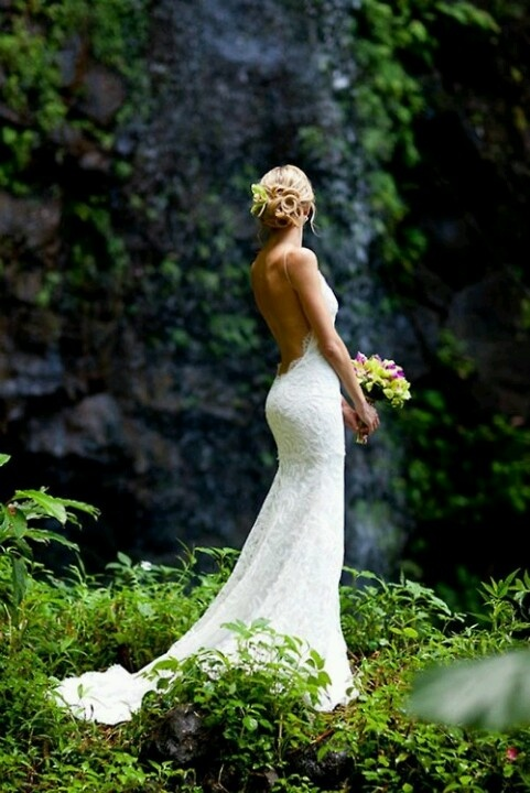 19 best Alterations images on Pinterest   Short wedding gowns ...