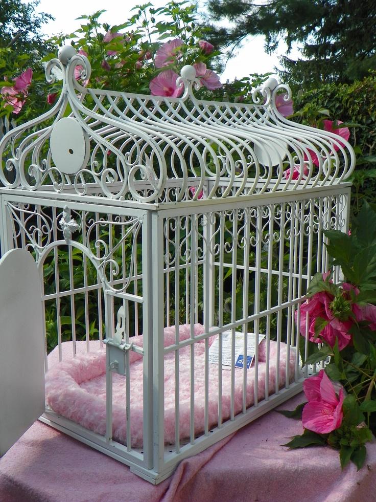 Fabulous Dog Cage from www.CasuallyElegantHome.com Ugh