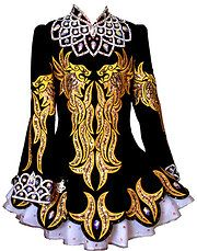 Kerry Designs - Off The Rack Irish Dance Solo Dress Costume || This is absolutely incredible.