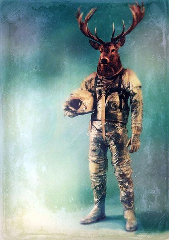 Astronaut. Hipster @Carlos Lara