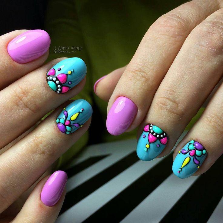 Ногти дизайн с пером