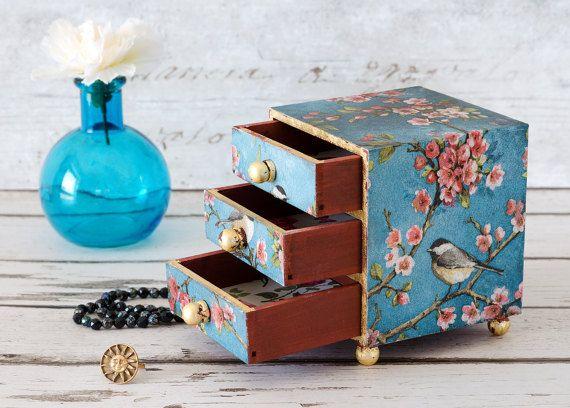 Mini commode  sieraden doos  Snuisterijdoosje  door TrinketDrawers