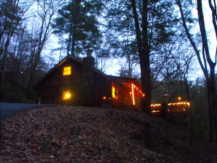 17 best cabin mountains vacation rental images on for Vacation cabins north georgia mountains