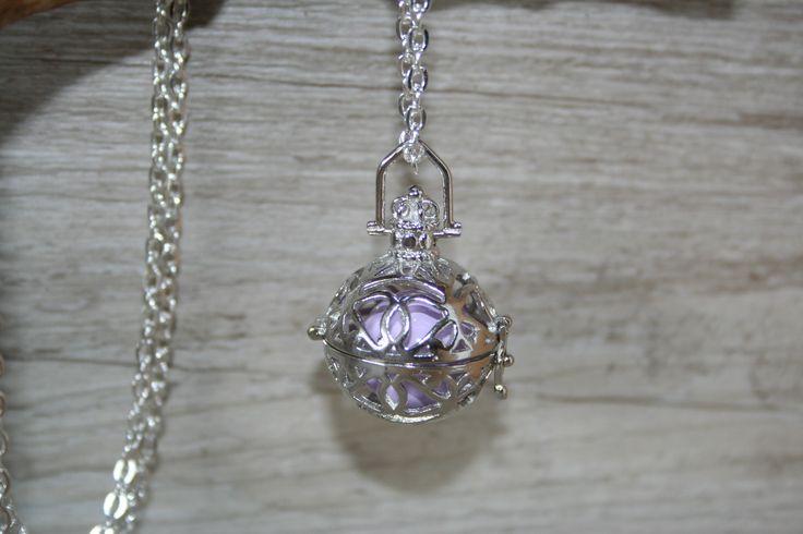 Bola de grossesse , sautoir ou collier de grossesse : Collier par latelierdesamantha