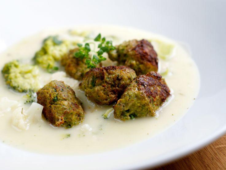 Grønne kjøttboller i suppen  - Berit Nordstrand