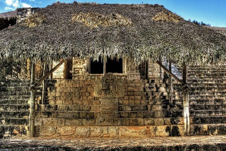 Ek Balam acropolis keeps the secrets of Ukit Kan Le´k To´k's , a mayan governor.