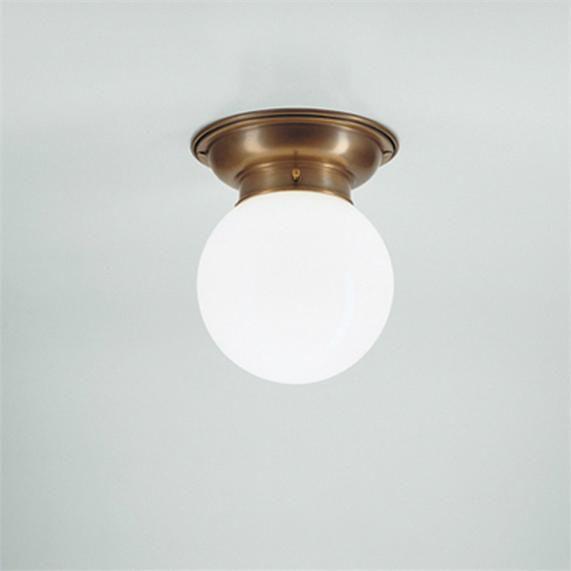 401 Taklampe m/hvit rund kuppel funkis