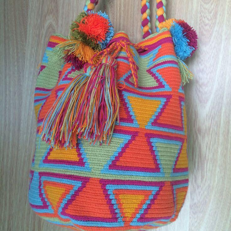 Favorita - Mochila Wayuu by Arhuak on Etsy