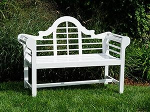 Lacquer Lutyen Bench in White. Product in photo is from www.wellappointedhouse.com