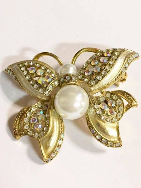 Vintage Rhinestone and Faux Pearl Moth/Butterfly Brooch Figural Jewelry