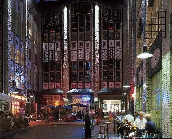 Gebäude Hackesche Höfe, Nachtleben