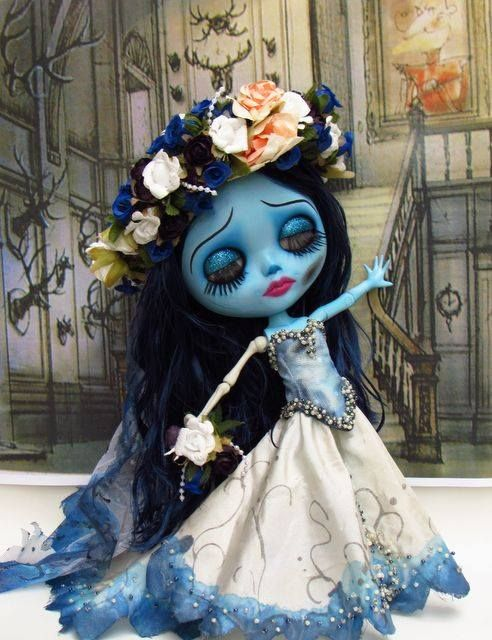 The Corpse Bride x Blythe. Curated by Suburban Fandom, NYC Tri-State Fan Events: http://yonkersfun.com/category/fandom/