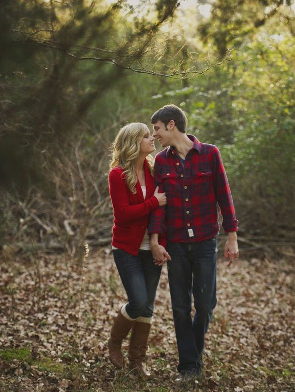 Matching outfits for this cute fall engagement photo session