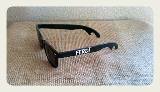 Personalizing on sunglasses