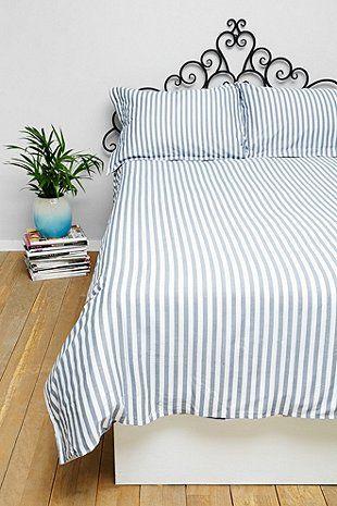 Essenza Karierter Bettbezug für Kingsize-Betten in Marineblau - Urban Outfitters