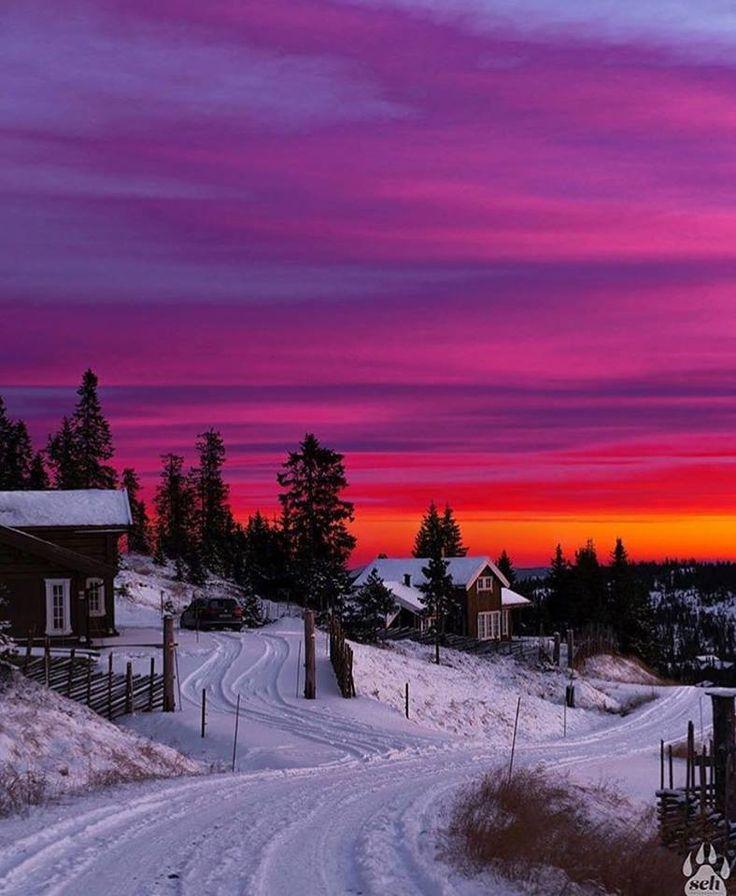 Pinterest:@MagicAndCats ☾ Natrudstilen, Norway