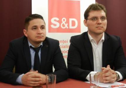 Europarlamentarii Victor Negrescu și Emilian Pavel