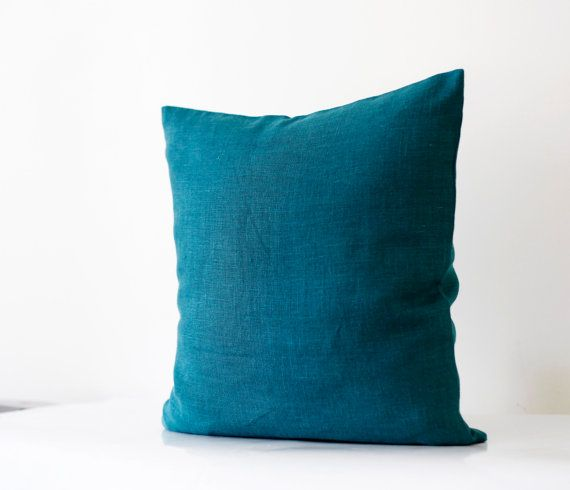 Throw Pillow Teal : Best 25+ Teal throws ideas on Pinterest Teal throw pillows, Teal pillow covers and Teal pillows