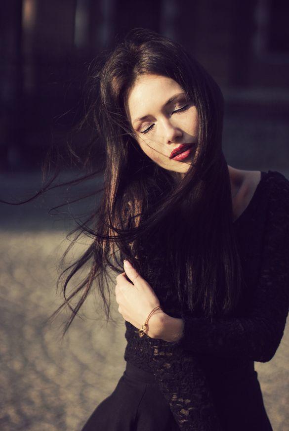 #photography #Poznań #Poznan #maxshot #portret #Women #model #closedeyes #fotografia