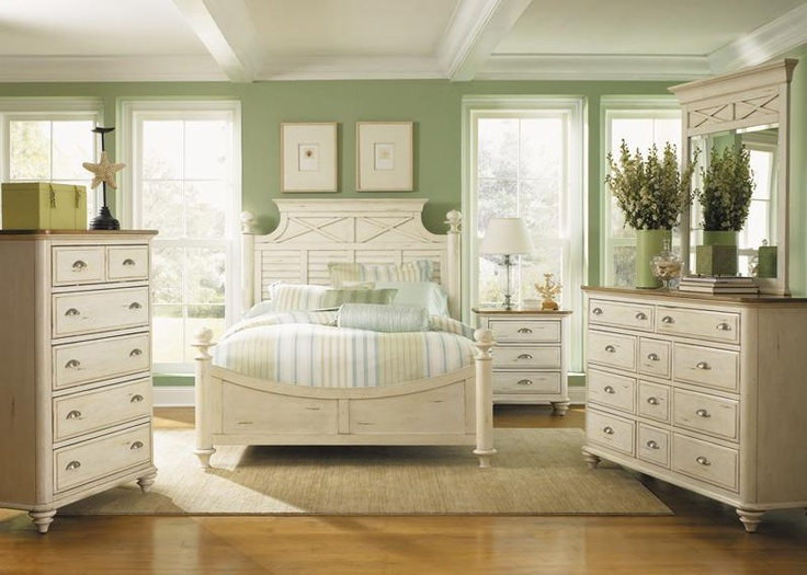 Best 25 white distressed furniture ideas on pinterest - White bedroom furniture pinterest ...