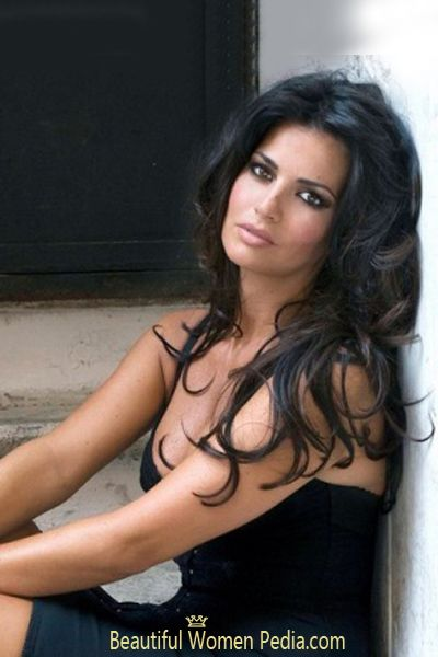 gorgeous italian girl nude