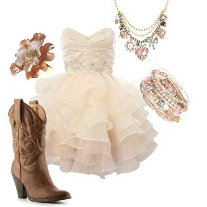 Love this outfit!! <3 #countrygirl #countryoutfit #countryfashion For more Cute n' Country visit: www.cutencountry.com and www.facebook.com/cuteandcountry