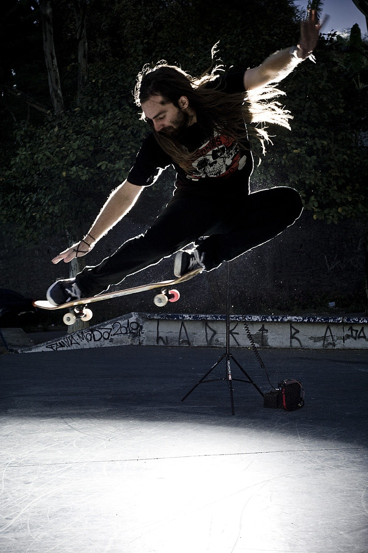 Chris Haslam. Favorite skateboarder. Wish i had his skills.