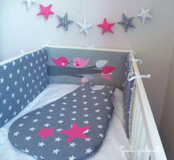 tour de lit et gigoteuse BIRDS gris/rose(modèle déposé) : Linge de lit enfants par guiligribouilli