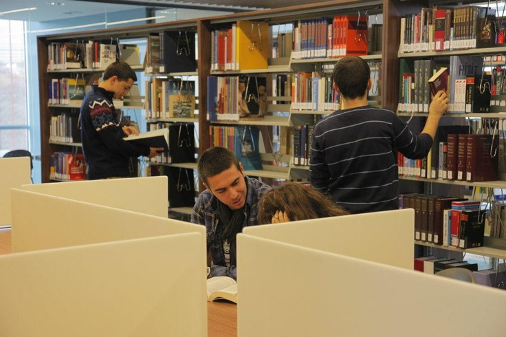 The library takes  pride in its enriched collection which includes thousands of printed books, over 50.000 electronic journals, hundreds of printed journals, over 60.000 e-books, over 1000 DVDs as well as mind games, daily newspapers in Turkish and English, personal development resources and popular magazines.