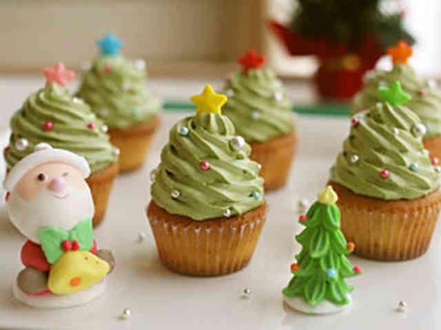 簡単!クリスマスツリーのカップケーキ★☆の画像