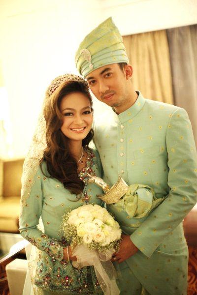 Ireena & Mateen's real wedding. Colour choice?