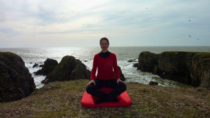 Posture coussin de meditation