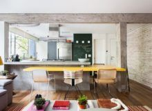 concreto-aparente-mesa-amarela-cozinha-integrada-parede-de-tijolos