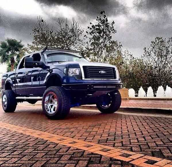 Ford Truck Dealership: 48 Best Images About Lifted Ford Trucks On Pinterest