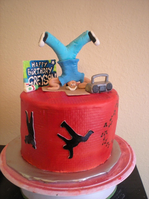 Breakdance by CakeFreak via Flickr  CAKES KIDS TEENS  Dj cake Birthday Cake Music cakes