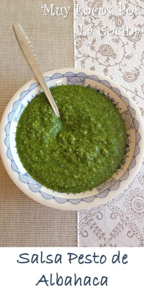 Salsa Pesto de Albahaca (Pesto di Basilico): Ajo, piñones, aceite de oliva, queso rallado y todo el sabor y el aroma de la albahaca fresca