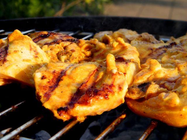 Supermalse kerrie kip voor de BBQ | Puur Eten