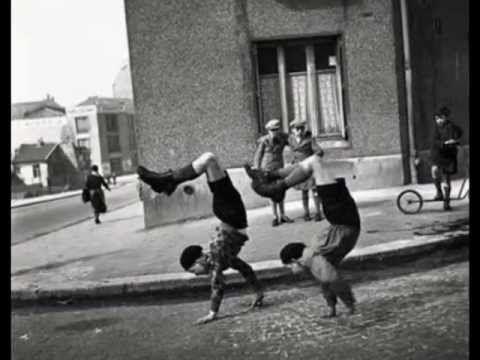 Les écoliers par_Doisneau.avi