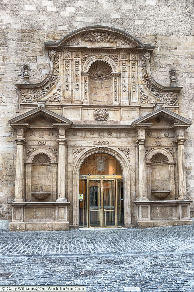 The Parliament of Rioja, Logroño, Spain. To learn more about #Bilbao   #Rioja, click here: http://www.greatwinecapitals.com/capitals/bilbao-rioja