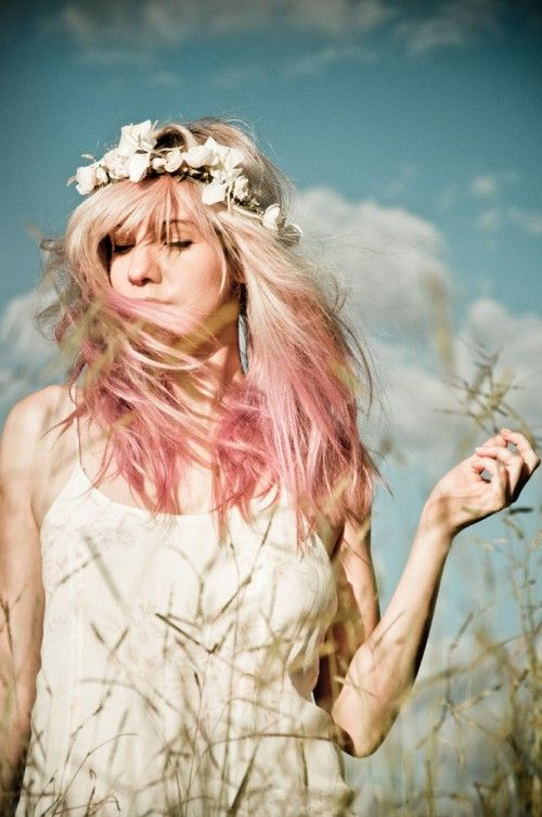Sunset (fotos: Marcella Karmann)    #TAGS sunlight, pink hair, tie dye hair, dipdyed hair, brazil, brasil: