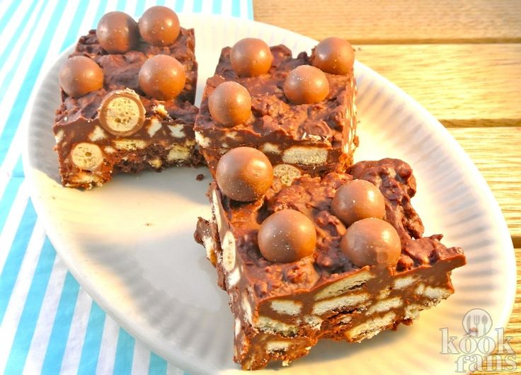 Voor deze verrukkelijke Malteser-chocoladecake heb je niet eens een oven nodig! It's a piece of cake!